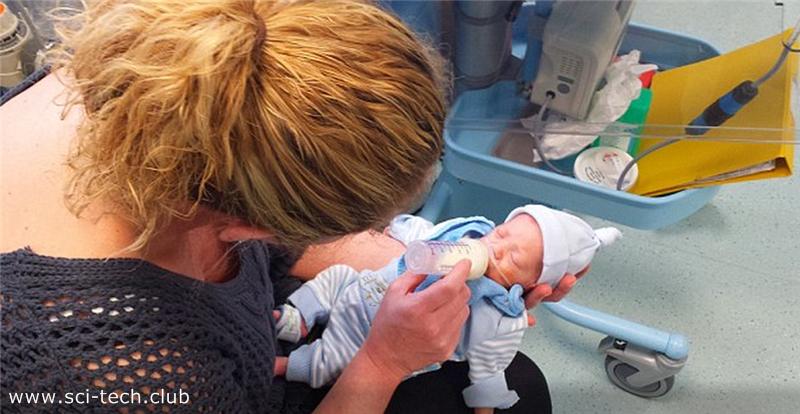 Ребенок выжил, родившись на 4 месяца раньше срока