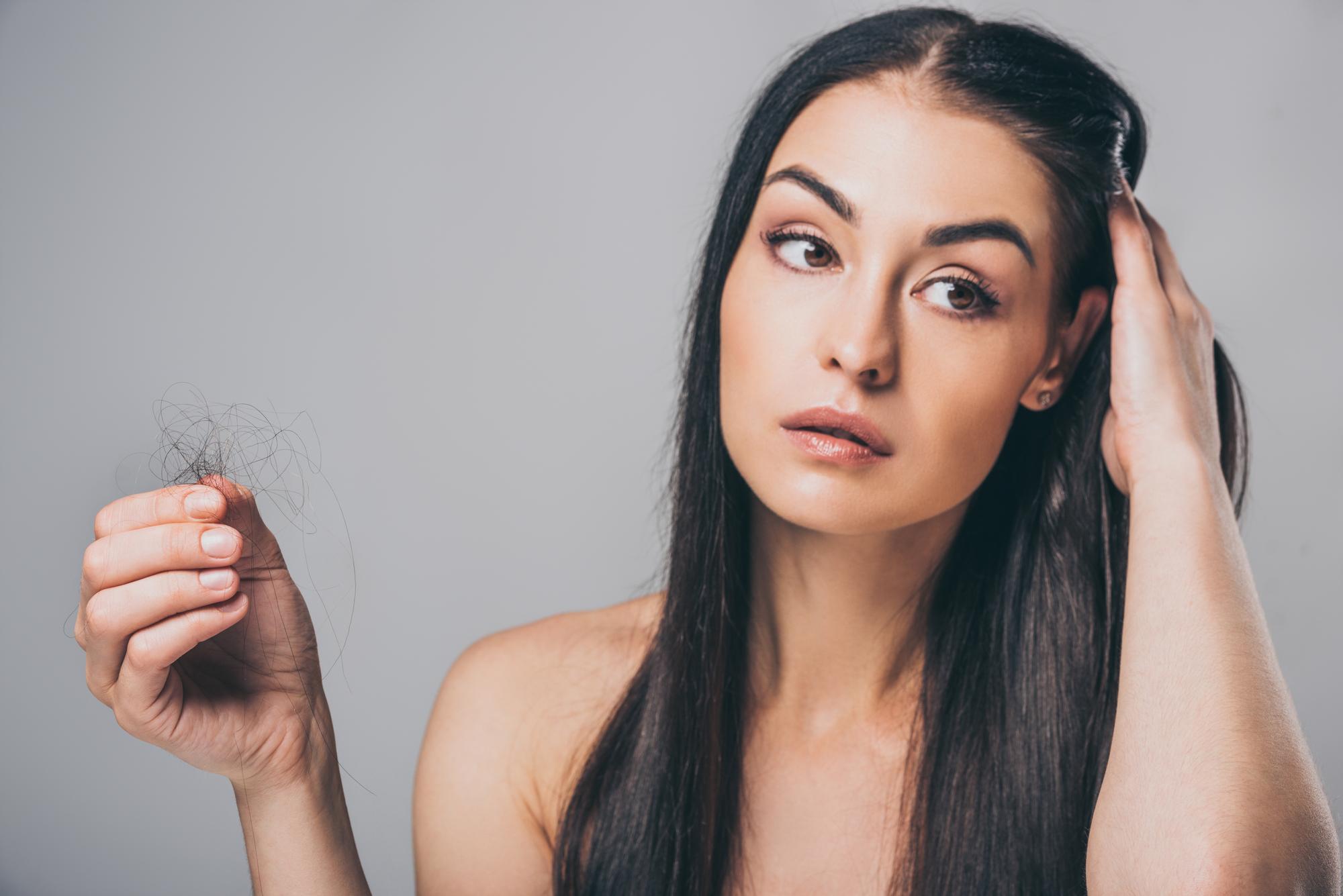 Анита Луценко рассказала, почему могут выпадать волосы