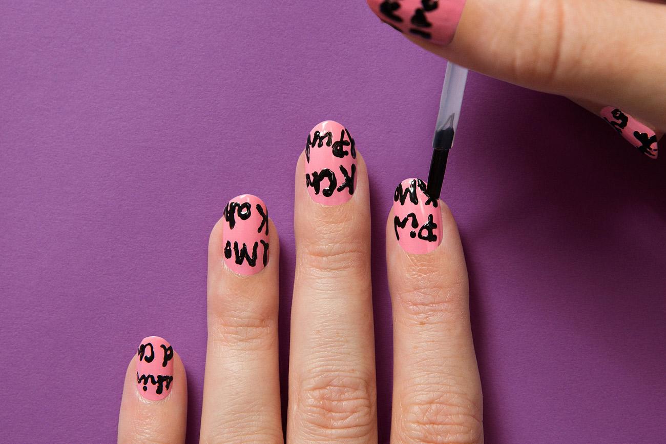 Граффити лак для ногтей фото