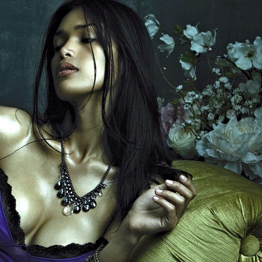 Модель Джина Росеро боялась, что о ее прошлом узнают в модельном агентстве и она потеряет любимую работу