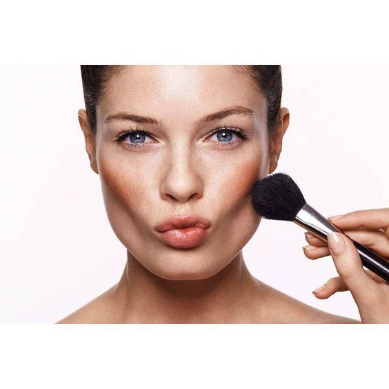 ТОП-5 типичных ошибок утреннего макияжа