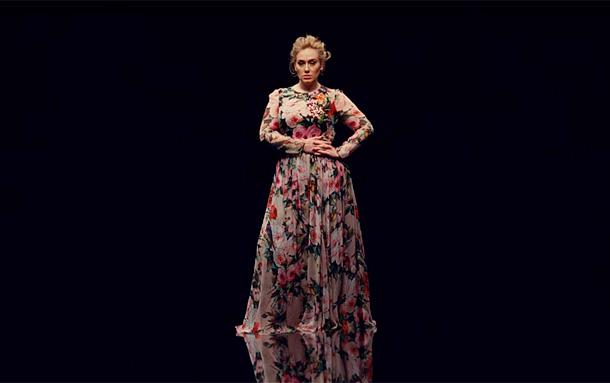 Adele клип платье