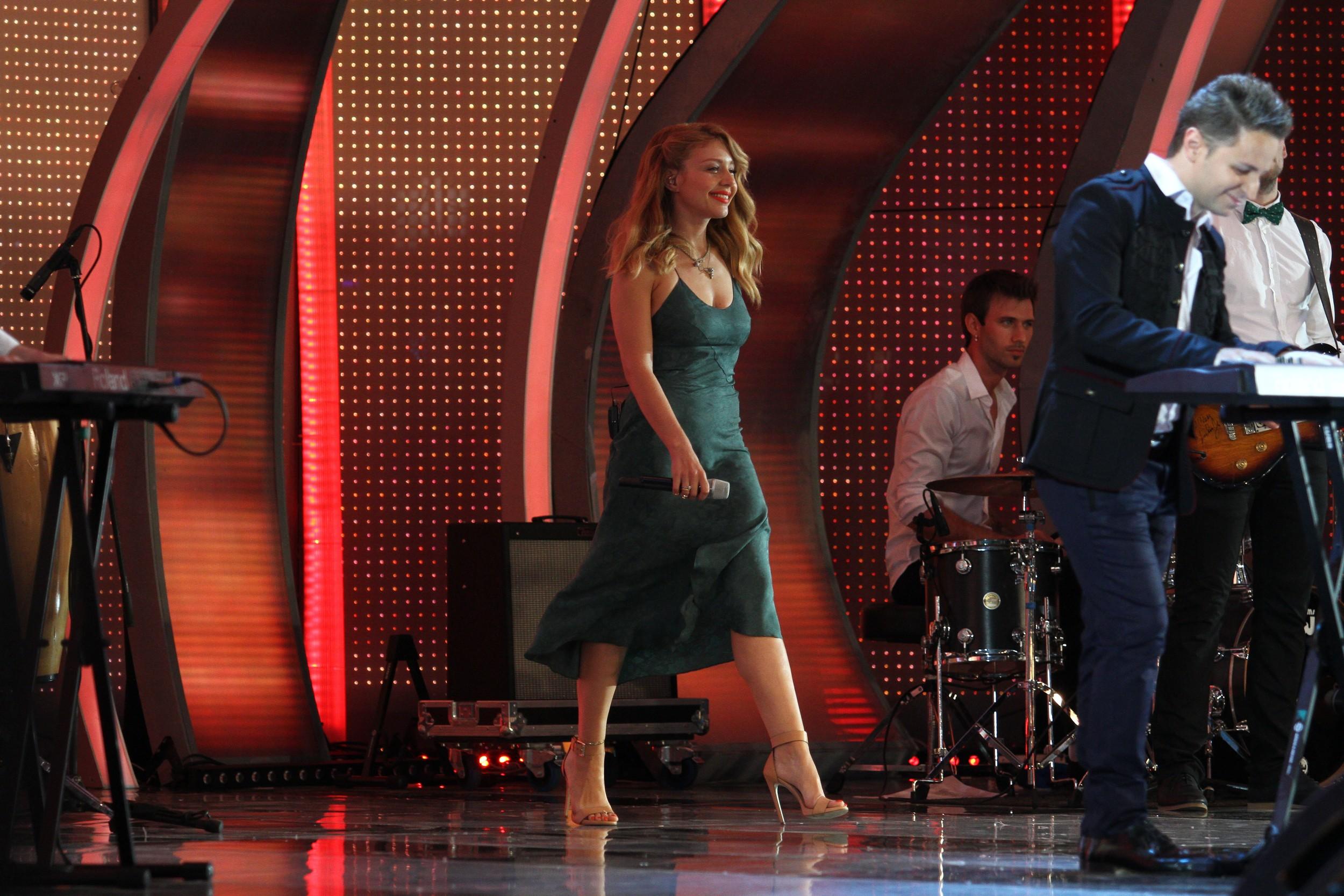 Певица Тина Кароль на конкурсе Новая волна 2013