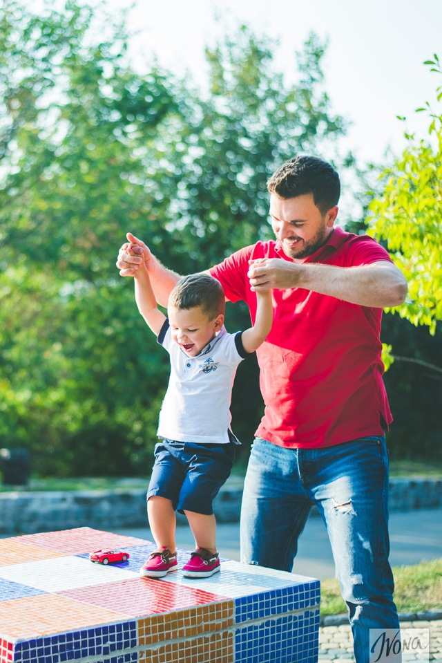 Григорий не советует родителям применять физическую силу в воспитании детей.