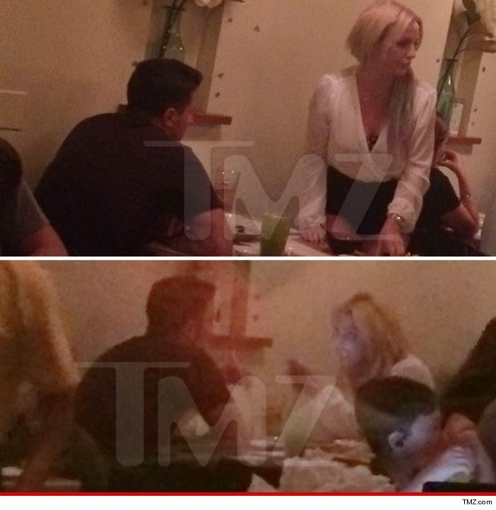 Бритни Спирс поужинала с бывшим парнем Деми Мур