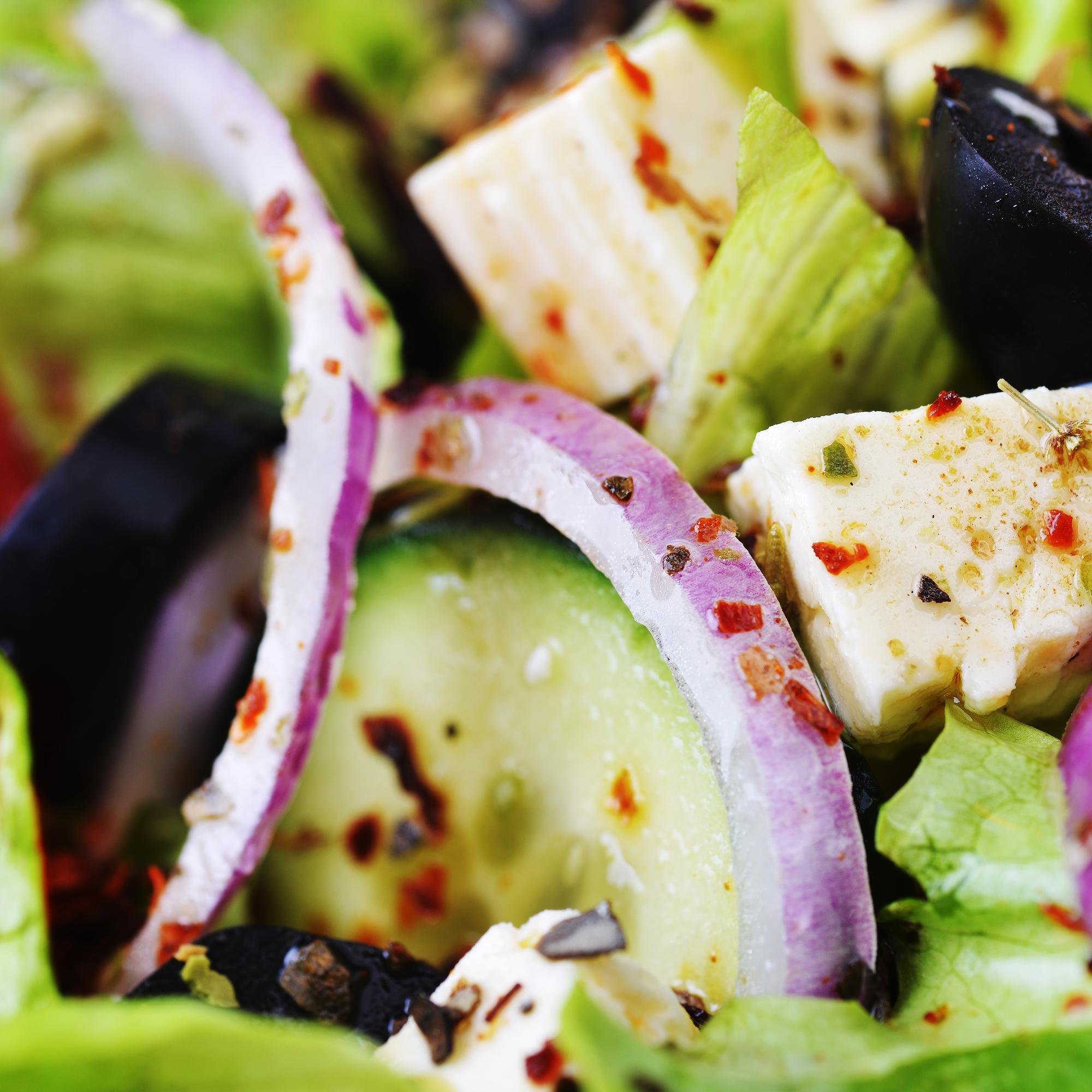 Быстрая кухня: диетическая шаурма в листе салата
