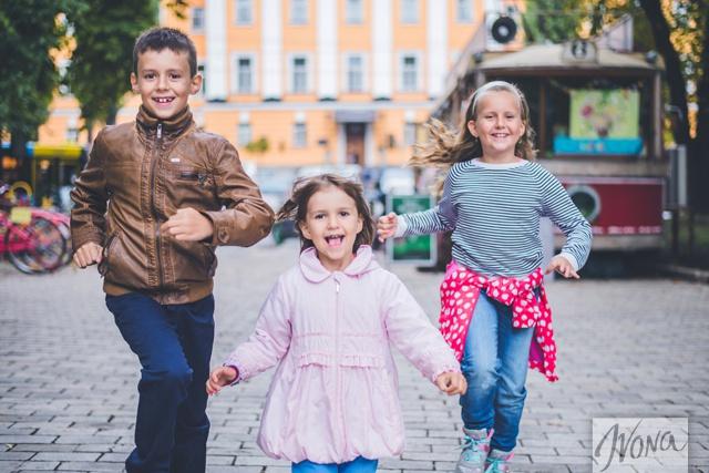 Юрий уверен, что детей нужно учить ценить дружбу.