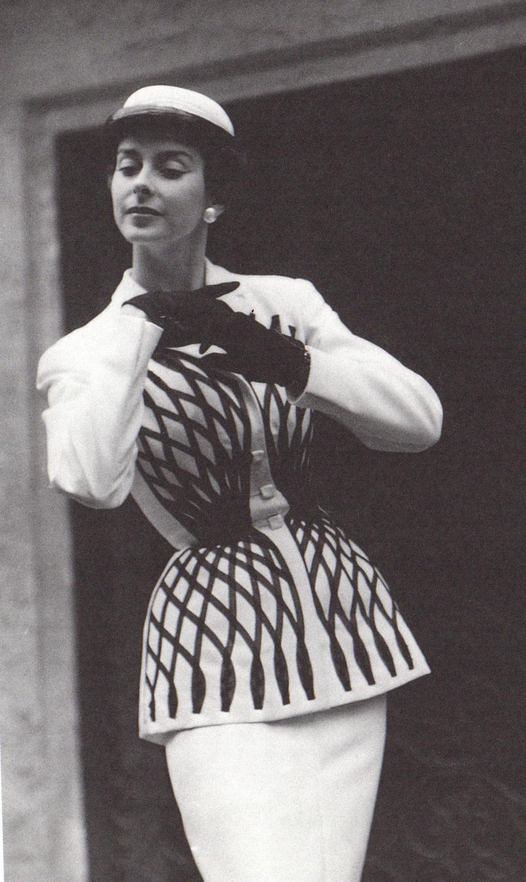 Мари-Луиз Карвен: Архивное фото