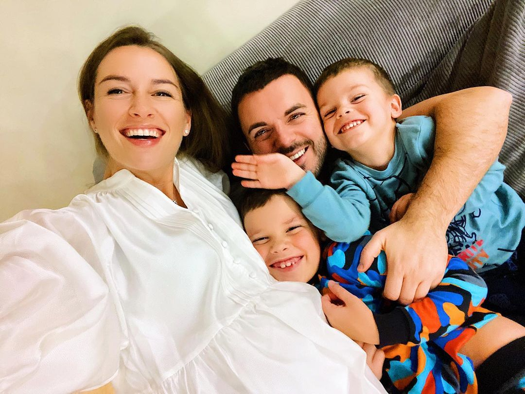 У Григория Решетника родился сын: счастливый отец опубликовал фото из роддома