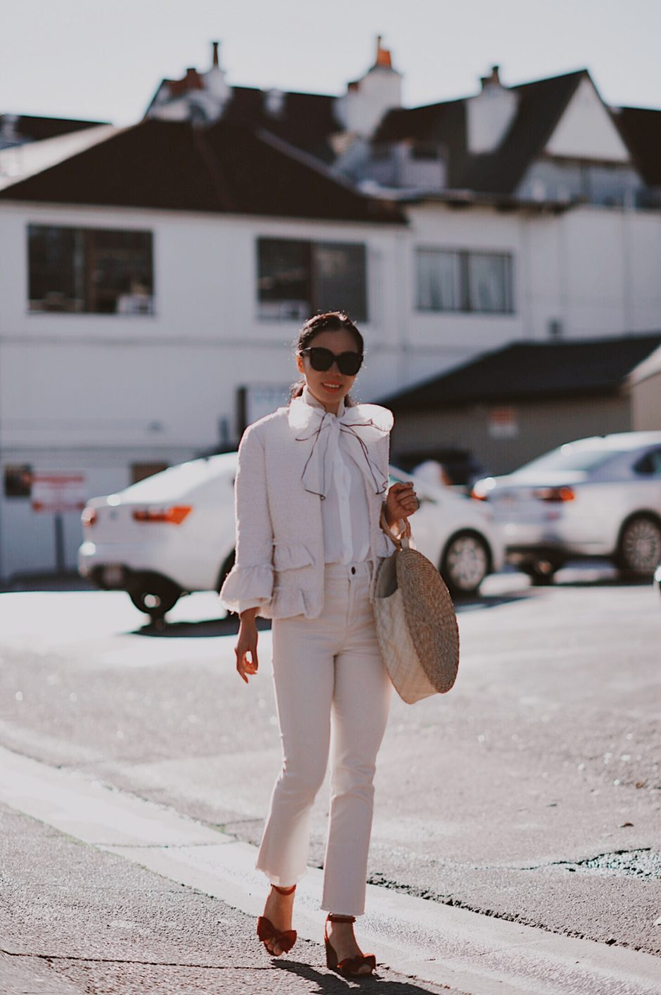 Как носить твидовый жакет стильно весной 2020