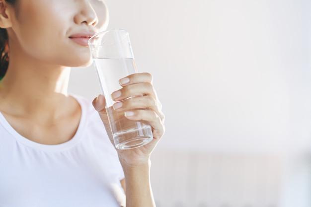 Какую воду нельзя пить с утра