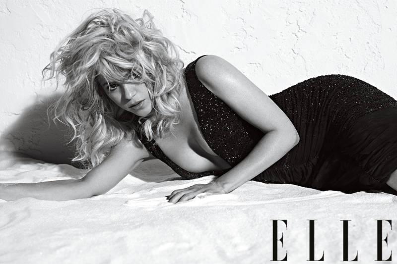 Шакира стала главной героиней июльского номера Elle