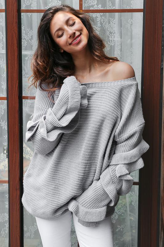 Неактуальные модели свитеров зимой 2019/20: с рюшами