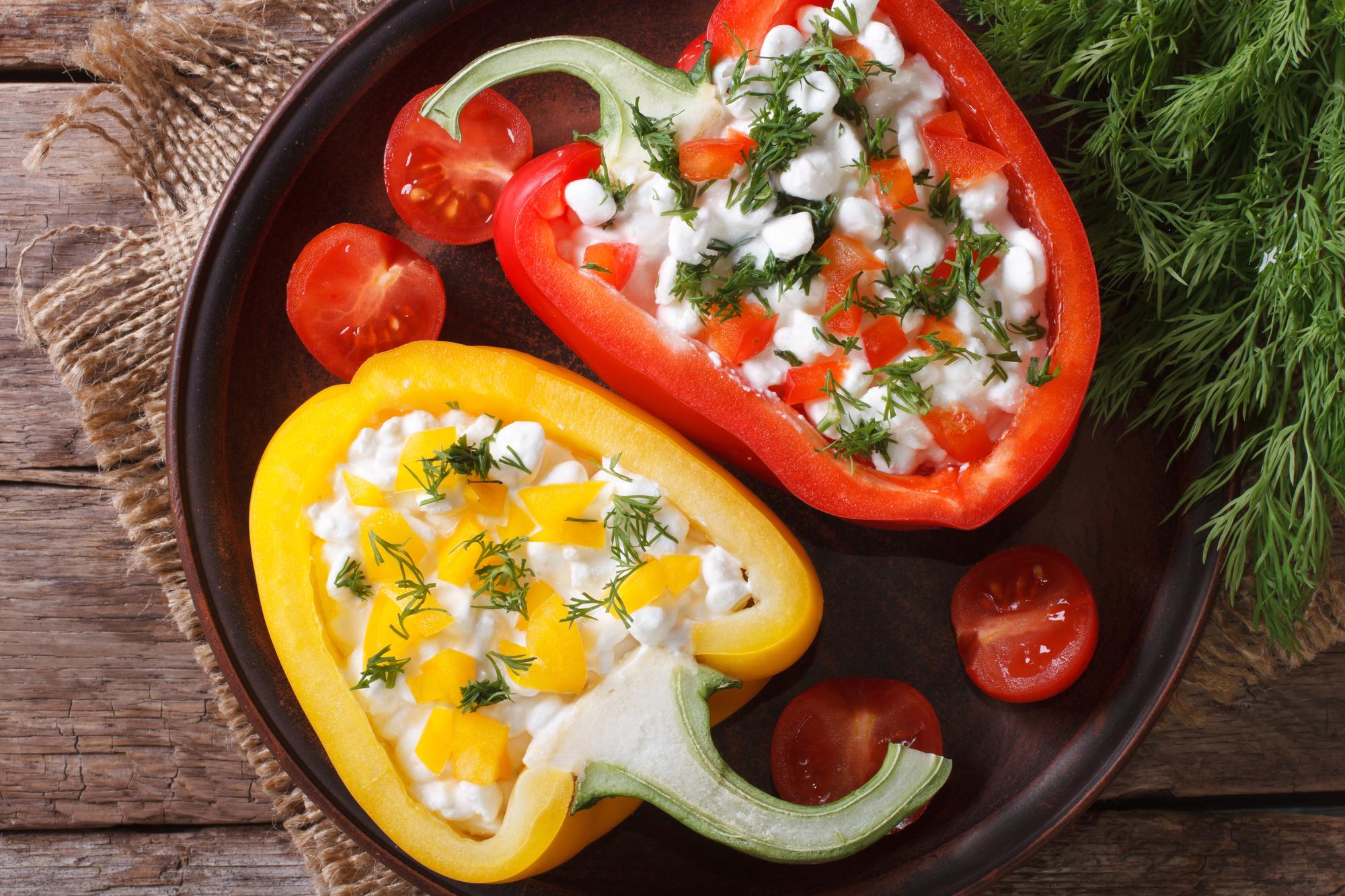 Закуски из творога: ТОП-5 рецептов с сезонными продуктами