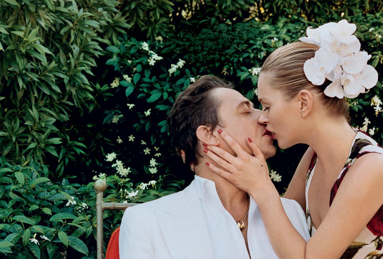 Модель Кейт Мосс вместе с мужем Джейми Хинсом в летней фотосессии для Vogue