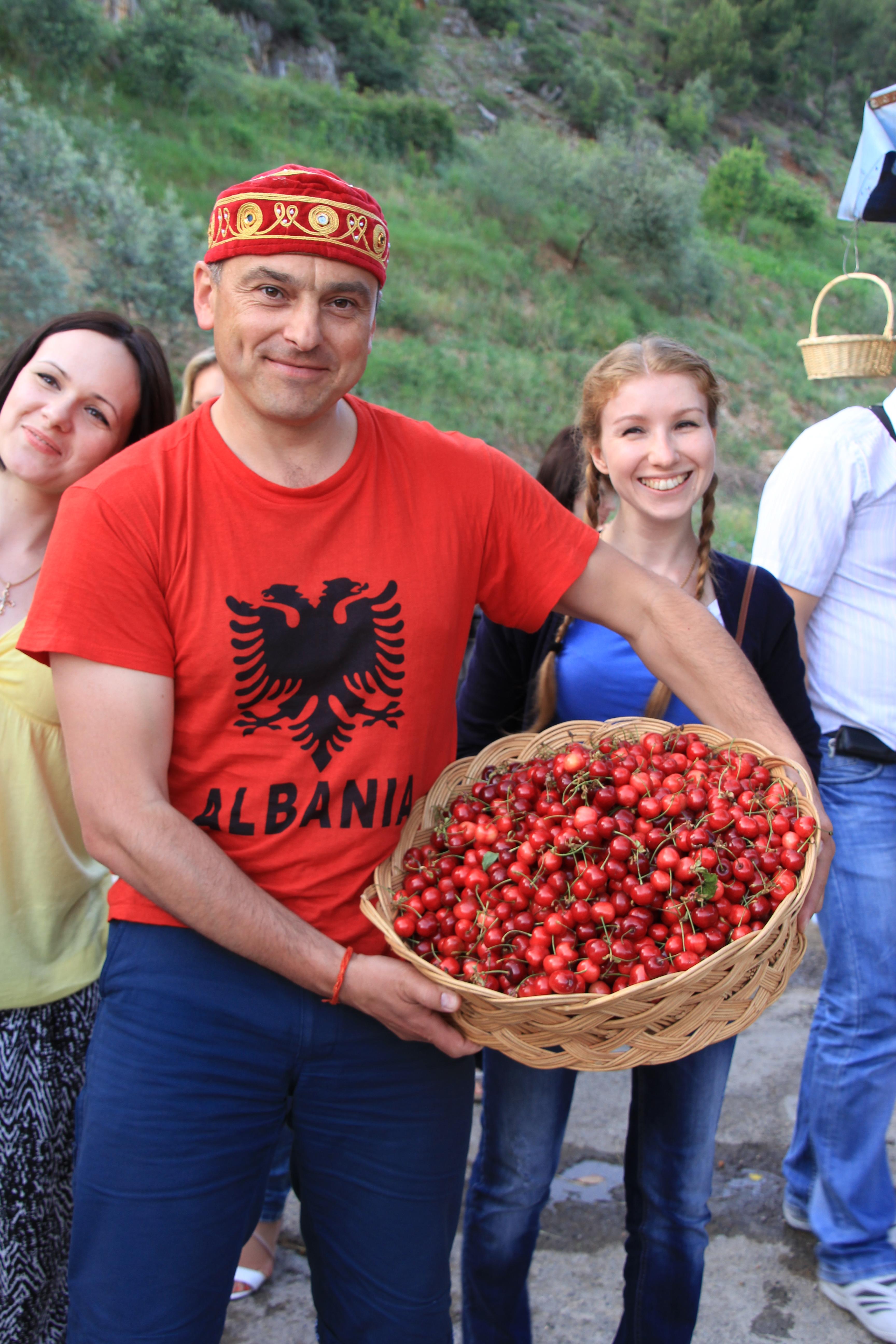 Захаренко в Албании