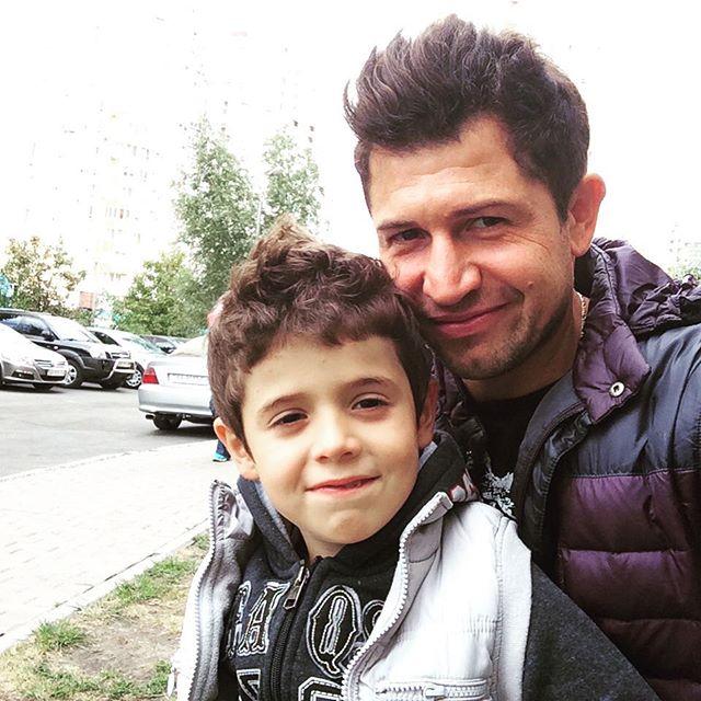 Андрей со своим сыном