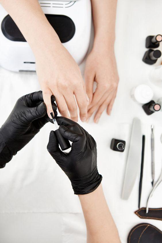 5 простых шагов: что сделать, чтобы никогда не обрезать кутикулу