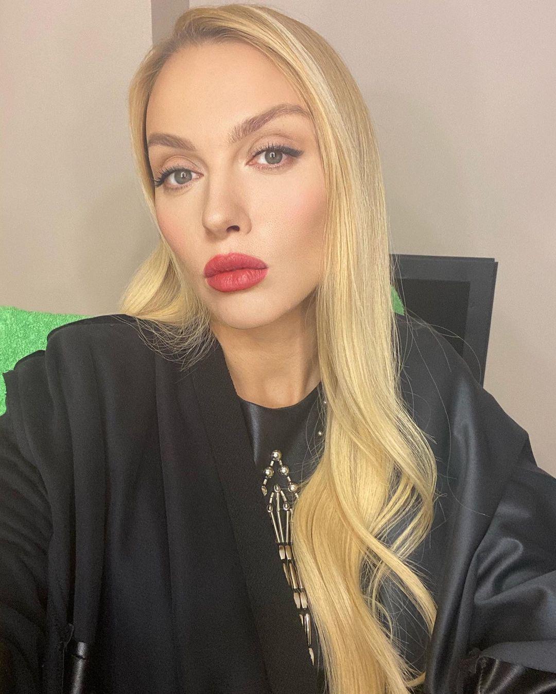 Оля Полякова призналась, какие подарки ее раздражают