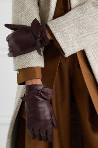 Дело в руках: модные перчатки весна 2021