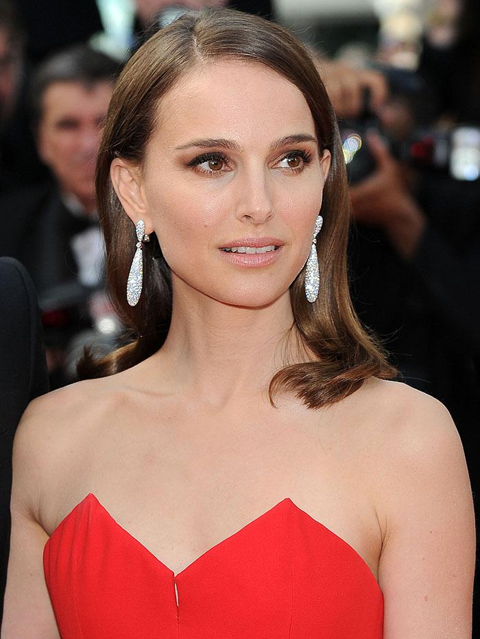 Актриса Натали Портман старается подражать стилю парижанок
