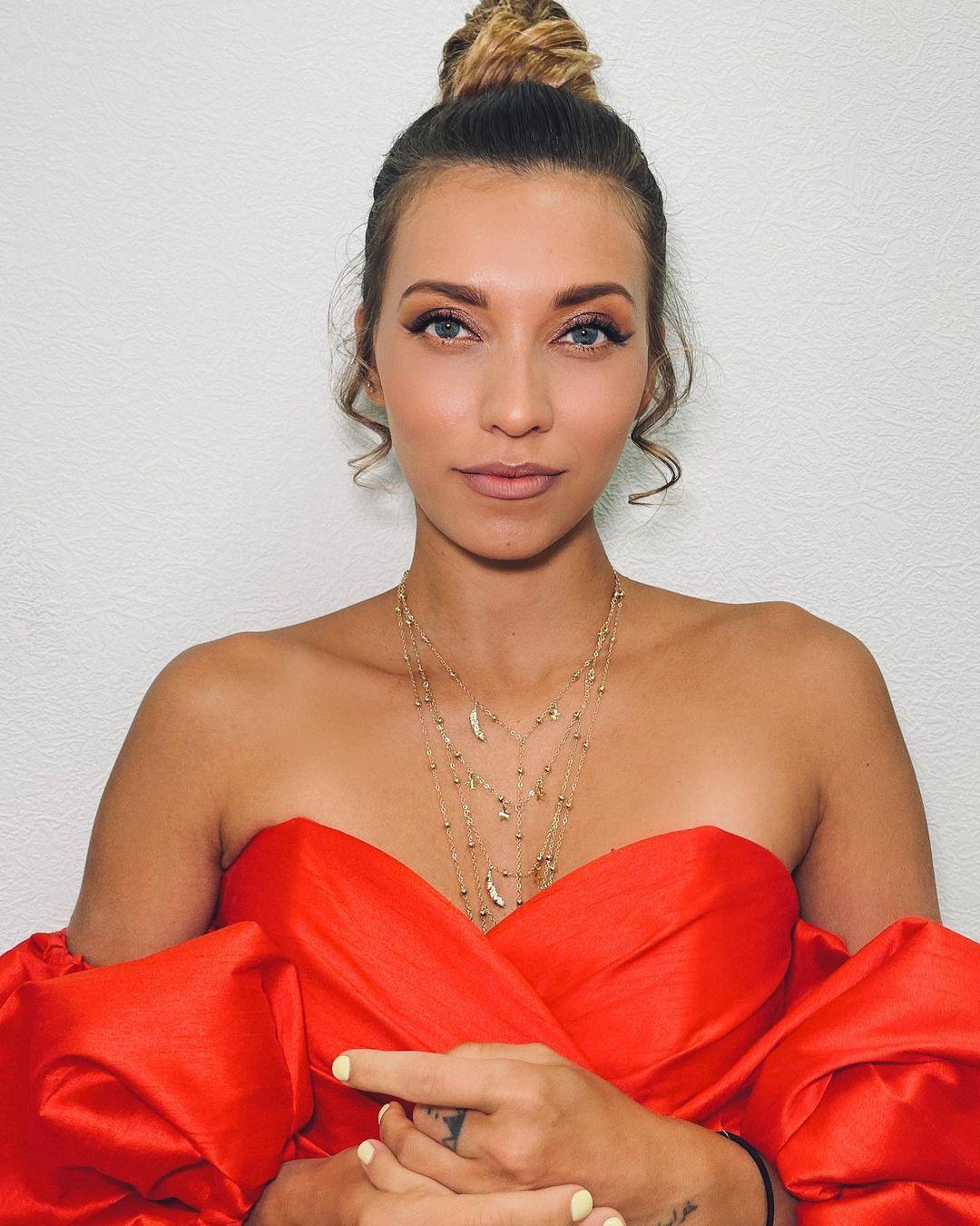 Регину Тодоренко нещадно раскритиковали за неудачный образ