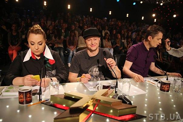 Судьи шоу Х-фактор 6 оценили способности участников первого кастинга