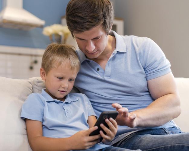 Что делать, если ребенок сильно привязан к Интернету