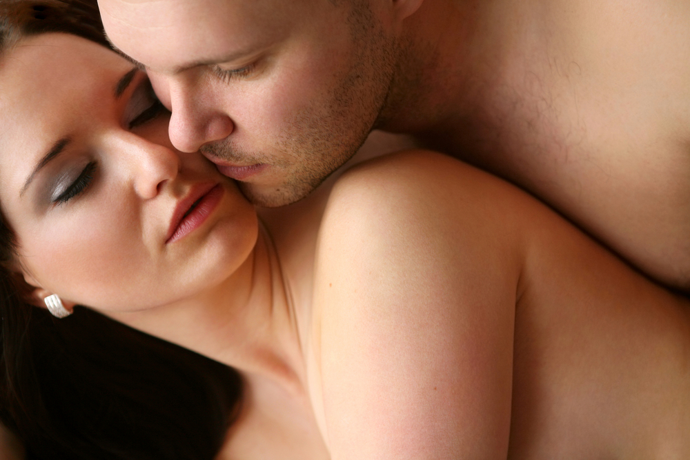 Анальный секс первый раз и позы