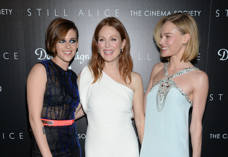Знаменитости на показе фильма Все еще Элис в Нью-Йорке