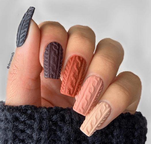 Вязка на ногтях