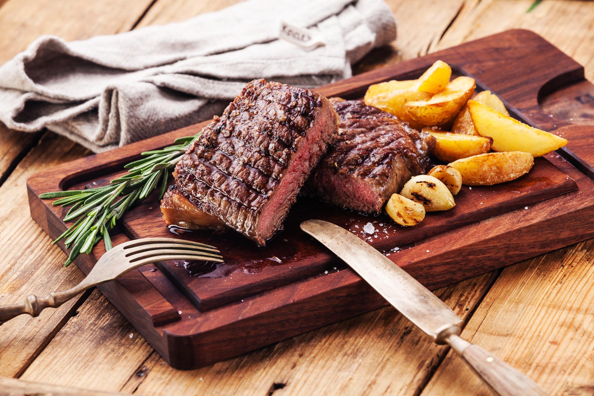 Чем заменить красное мясо: совет диетолога