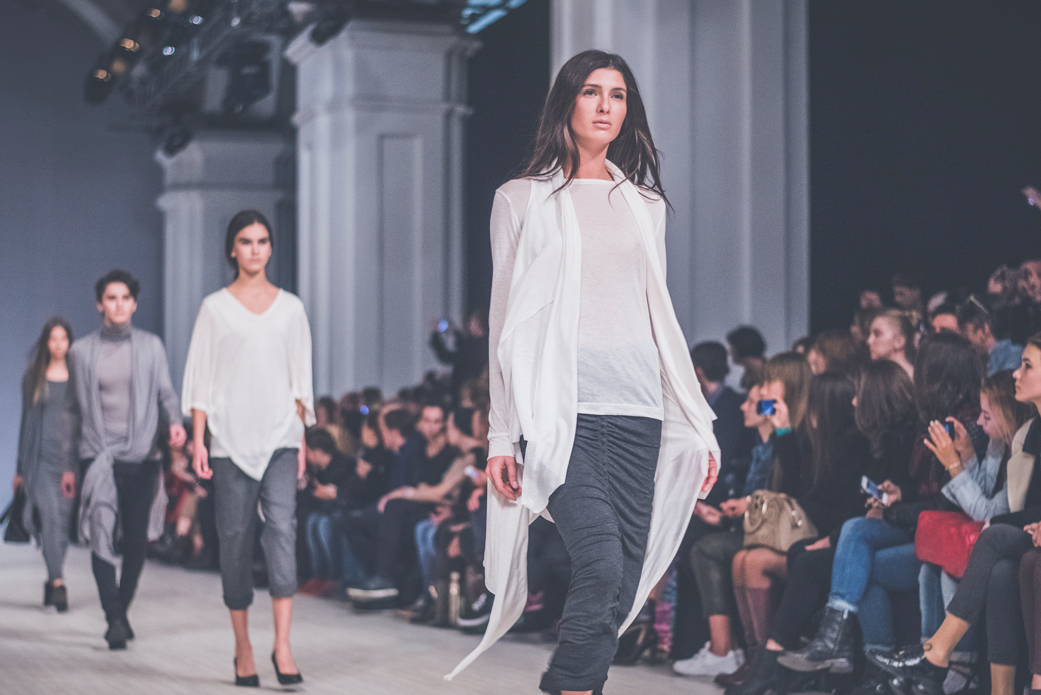 Показ DRESS ADDICT BY ARTEM&VICTOR. Фото: Марина Головнева