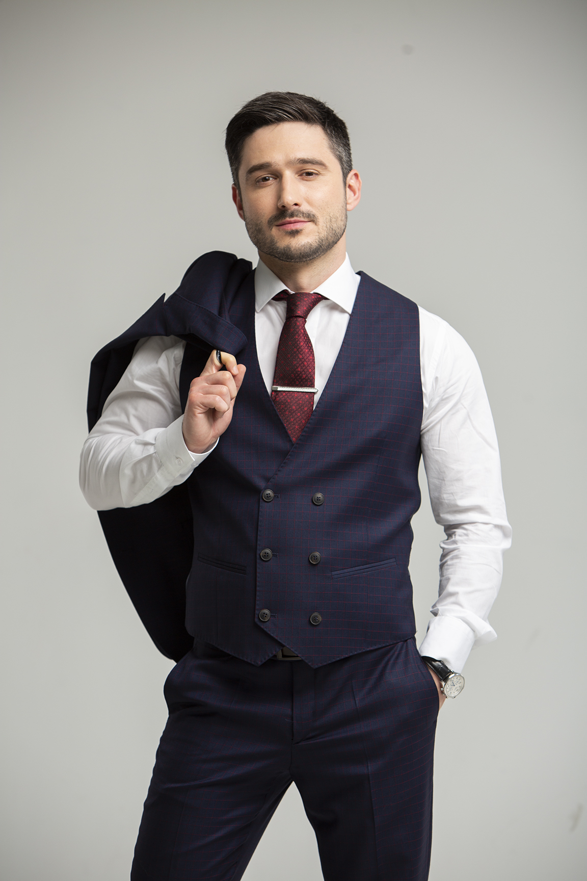 Известный актер Андрей Фединчик поделился с поклонниками откровенным снимком