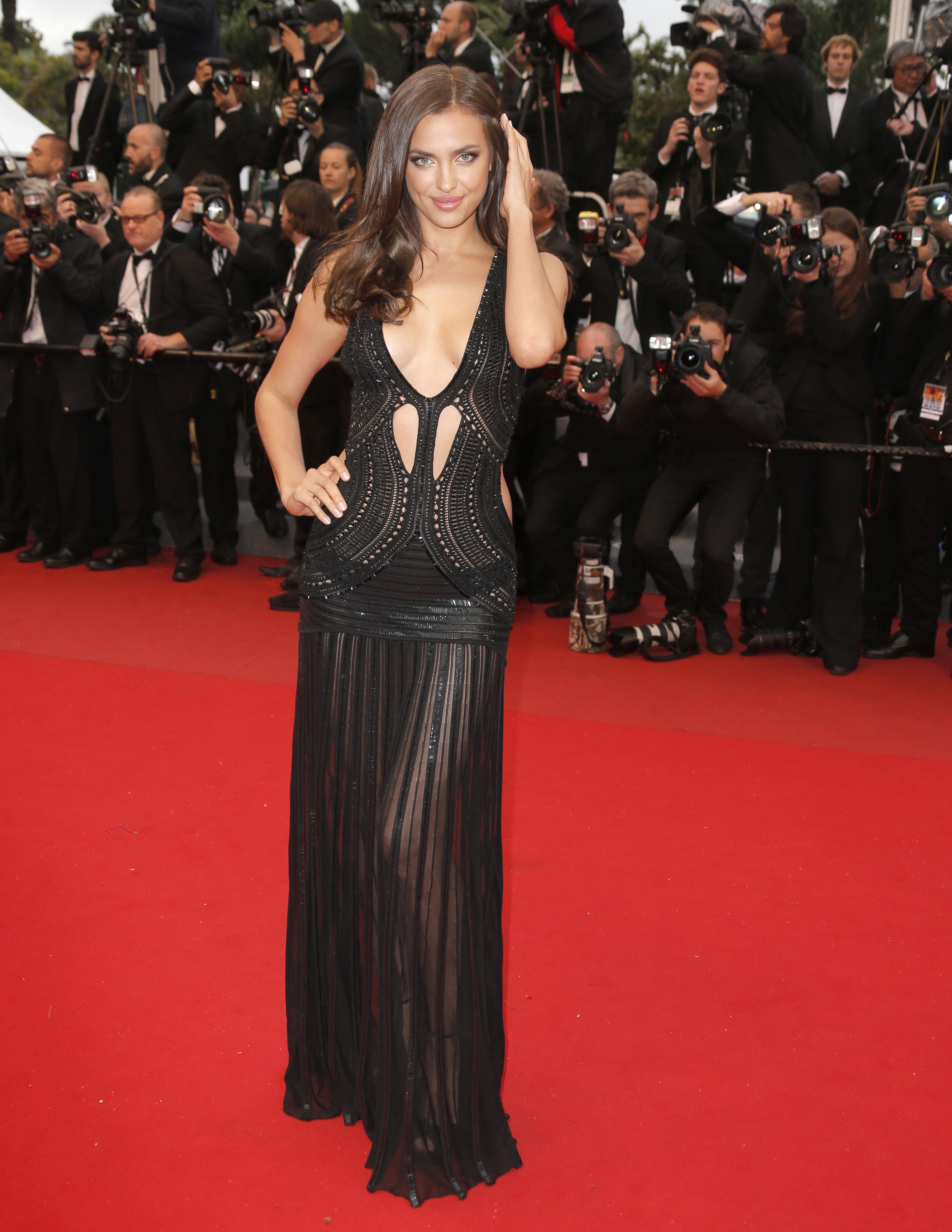 британии прозрачные платья у русских актрис того, обращаем ваше