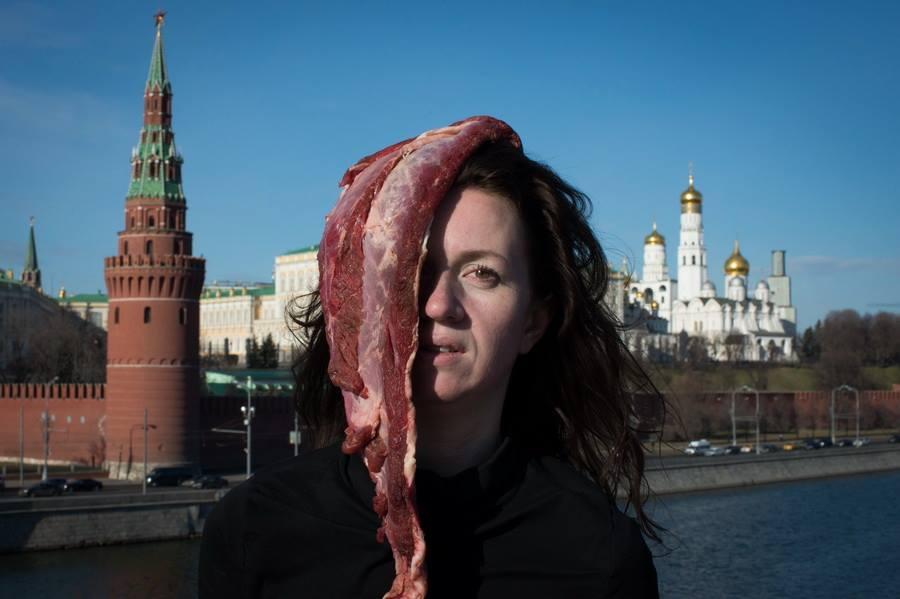 Секс девушкой около кремля