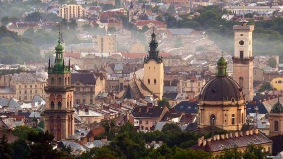 ТОП-7 городов Украины, которые больше всего любят туристы - Львов