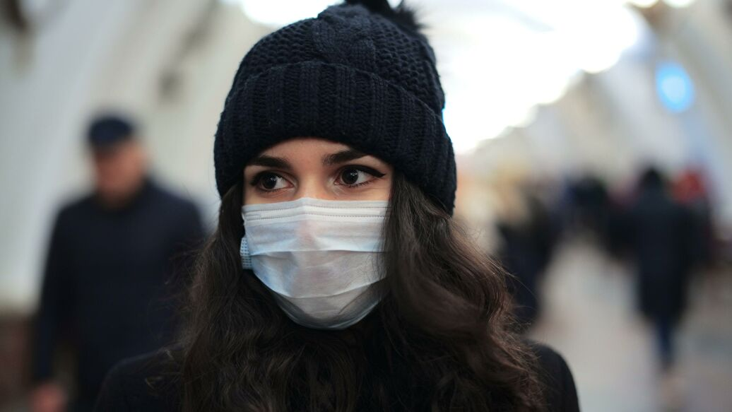 Сколько мы ещё будем носить маски?