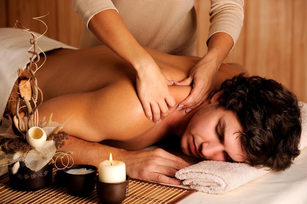onlayn-seks-v-massazhnom-salone