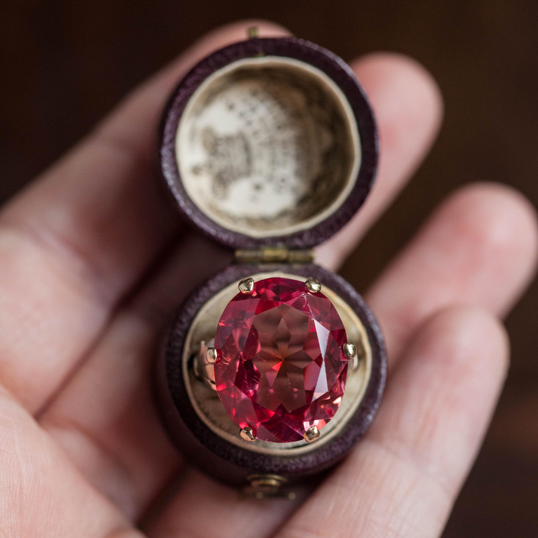 Магическое значение драгоценных камней: рубин