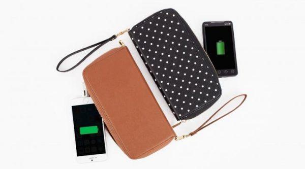 Зарядка для мобильного в виде кошелька