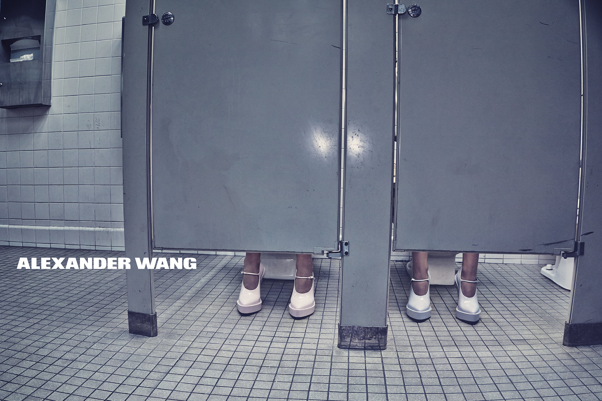 Туалетная тематика помогла реализовать главную идею дизайнера Александа Вэнга