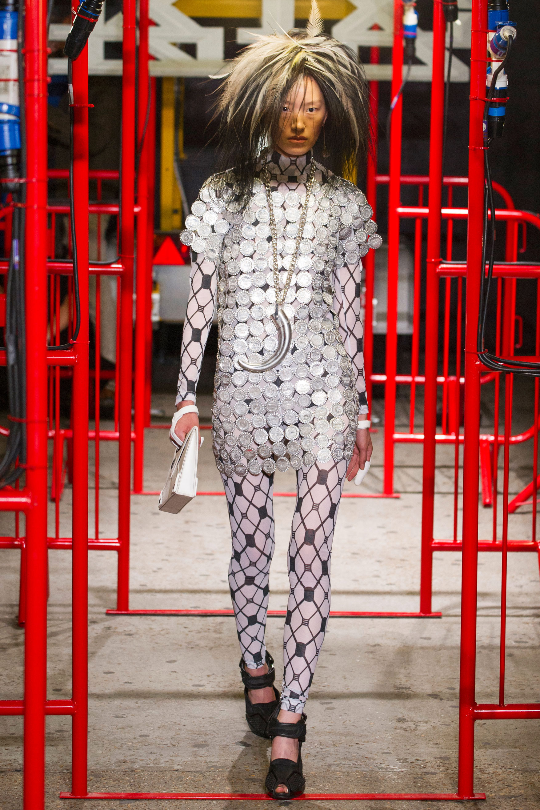 Самые эпажные платья с Недели моды в Лондоне