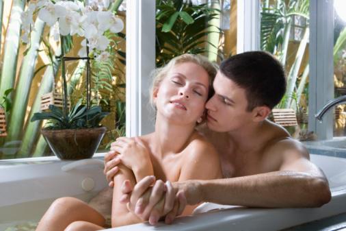 Бесплатное порно видео молодой пары