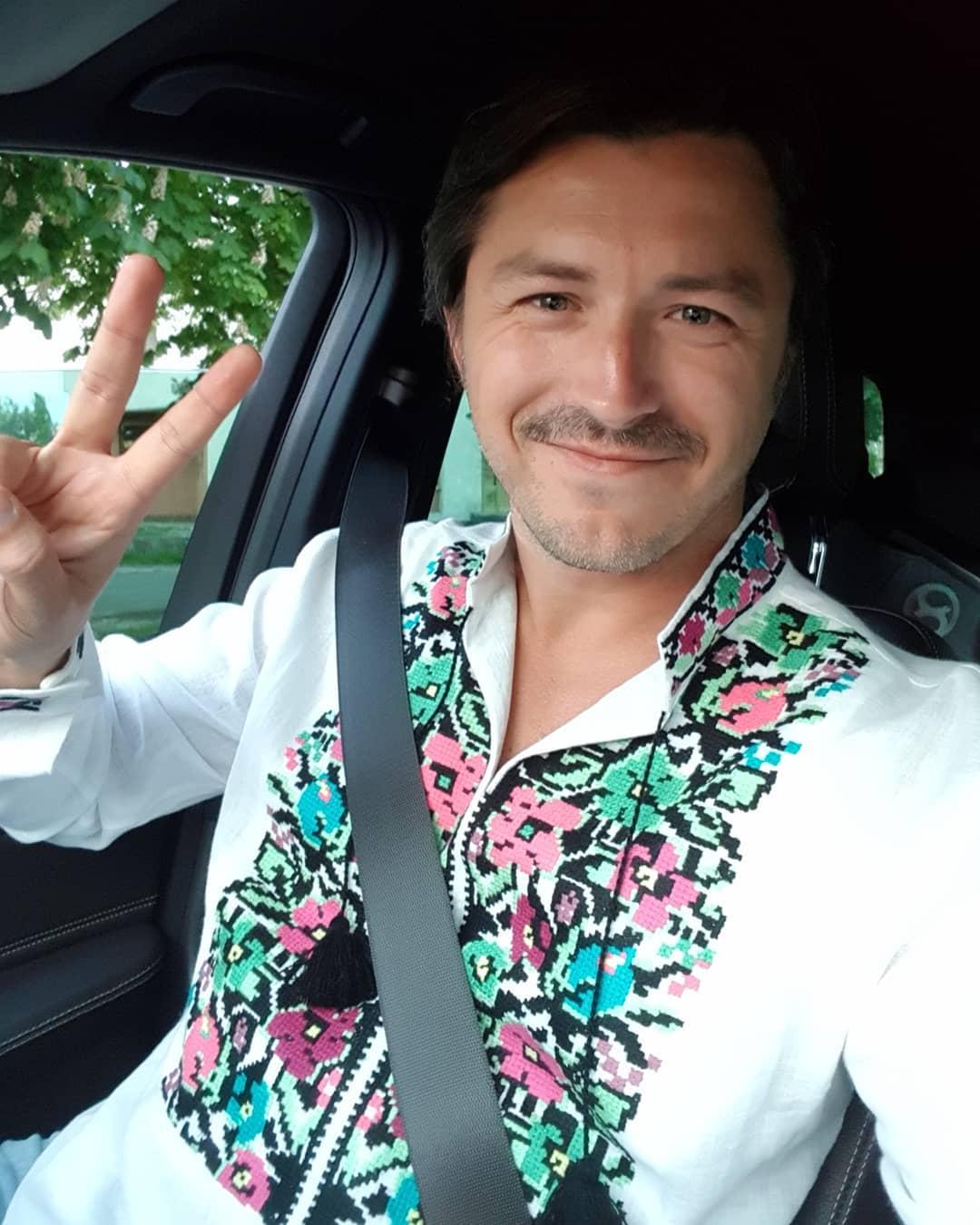 Сергей Притула поздравил украинцев с больничной койки