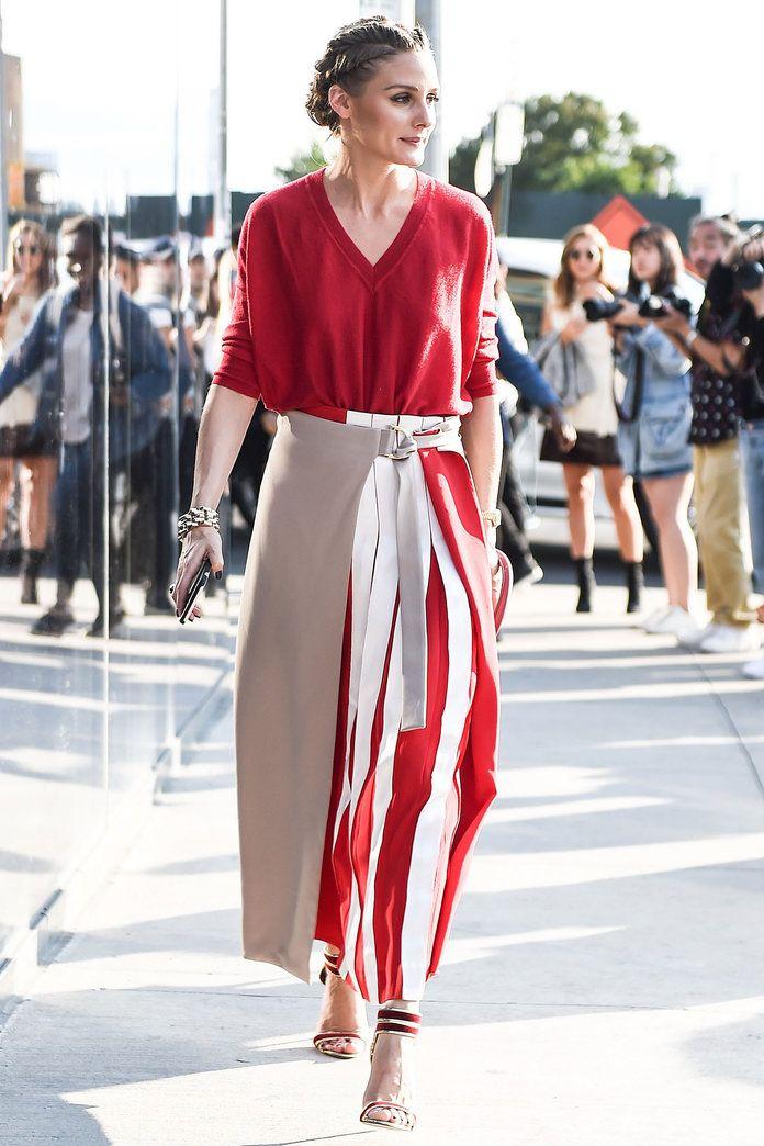 Модель и фэшн-блогер Оливия Палермо в брюках свободного кроя