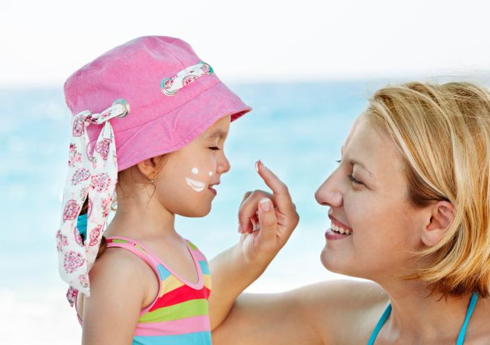 Ребенок обгорел на солнце: Что делать