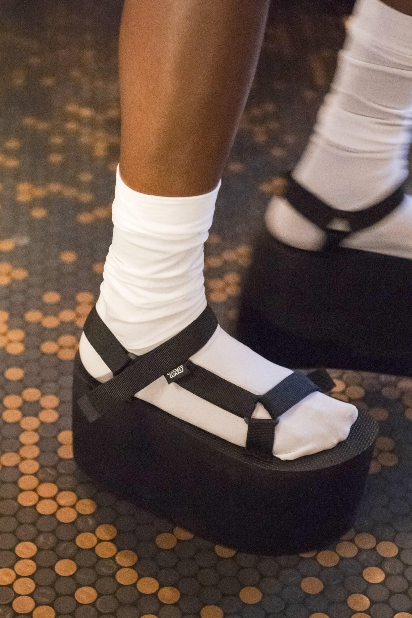 Обувные тенденции весенне-летнего сезона 2020: Платформа