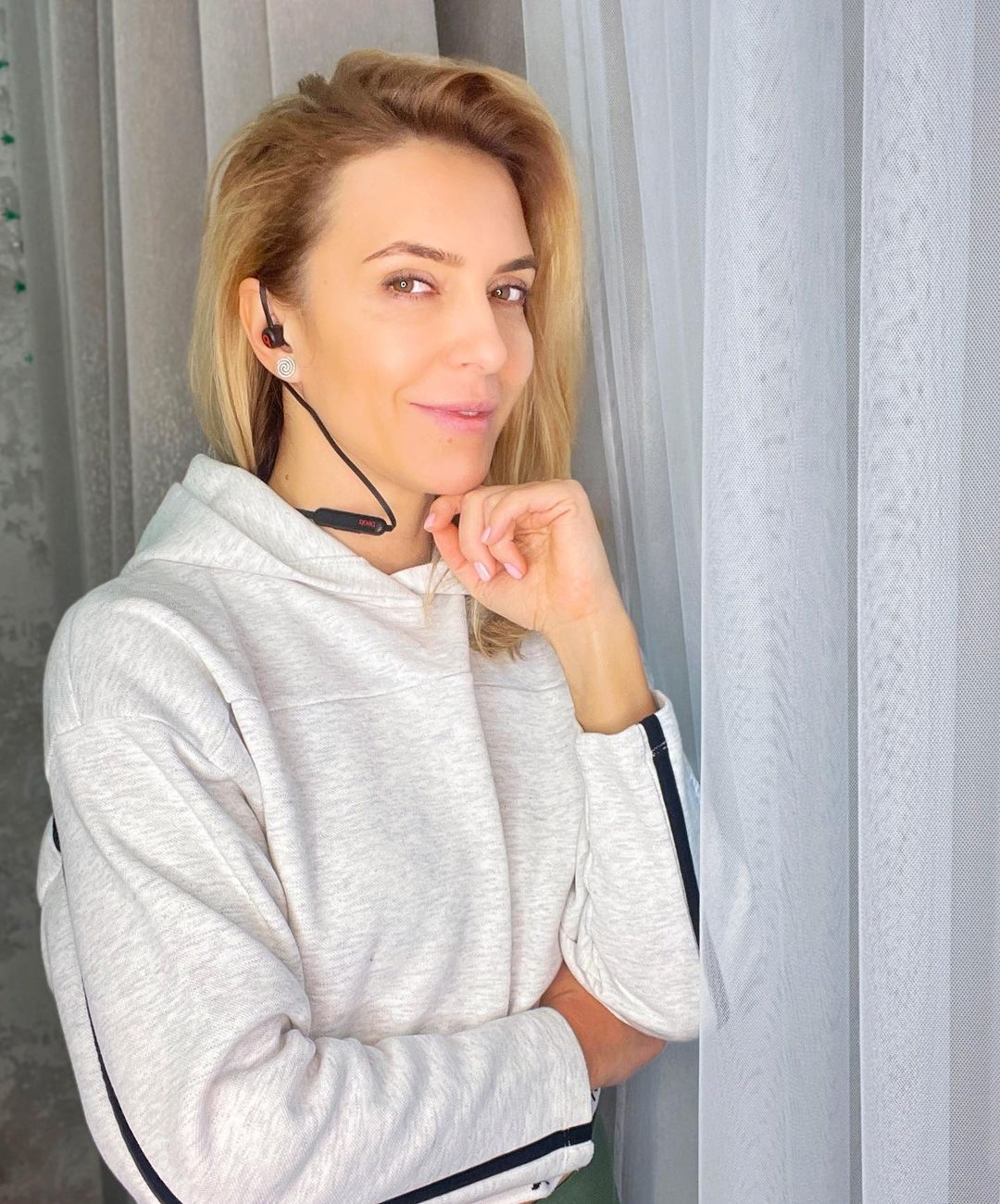Бывшая жена Узелкова показала, как выглядела в детстве
