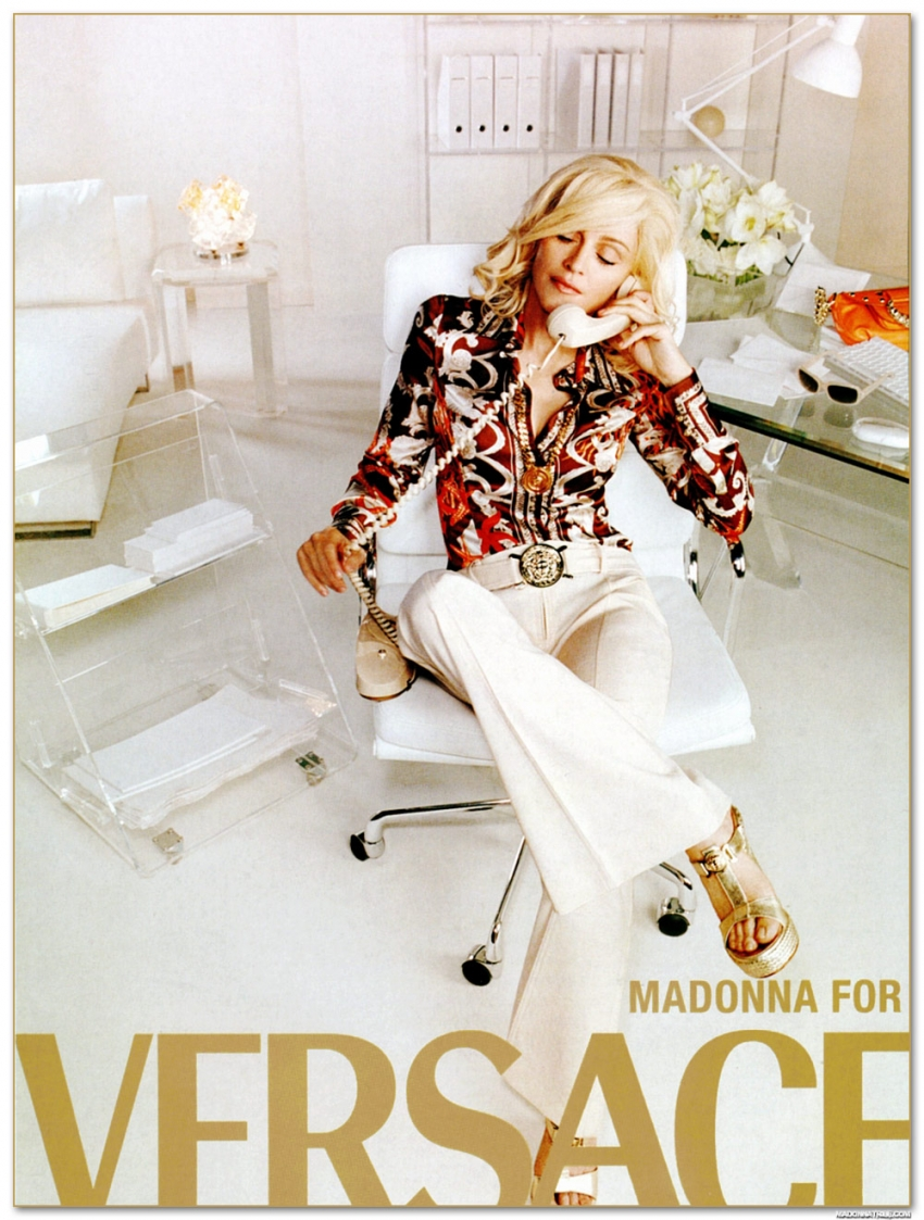 Мадонна в рекламной кампании Versace